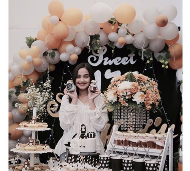 6 Pesta Ulang Tahun Sweet 17 Para Artis Kumparancom