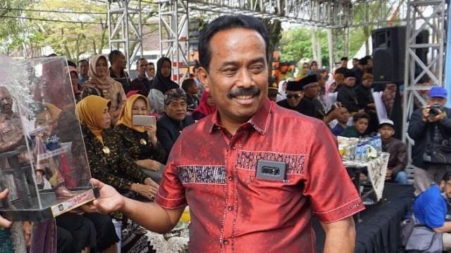 Bukan Memecat, PDIP Malah Bela Dua Kadernya yang Jadi Tersangka KPK (89730)