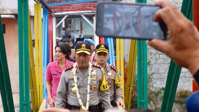 Polisi Buru Perekam dan Pengunggah Video Pembakaran Bendera Tauhid (141708)