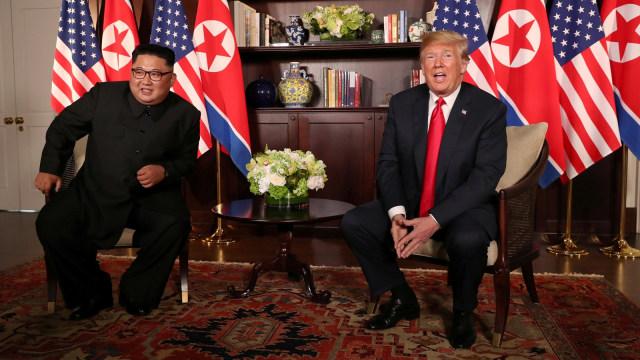 Transkrip Lengkap Obrolan Singkat Kim dan Trump (762827)