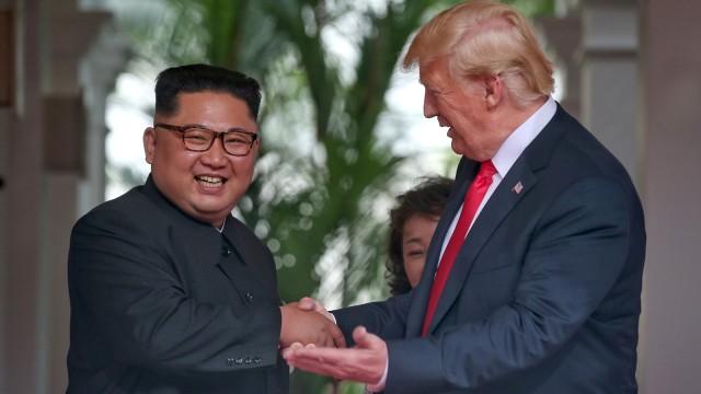 Pertemuan Kim Jong-un dan Donald Trump.