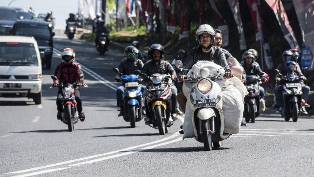 Yang perlu Kamu Ketahui Soal Pembatasan Sepeda Motor di Jalan Nasional  (67951)