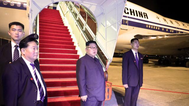 Kebiasaan Aneh Kim Jong-un Saat Traveling, Bawa Toilet Pribadi Hingga Mesin Mi (312173)