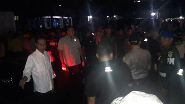 Malam Takbiran, Jokowi Bagikan Sembako untuk Warga Bogor (248702)