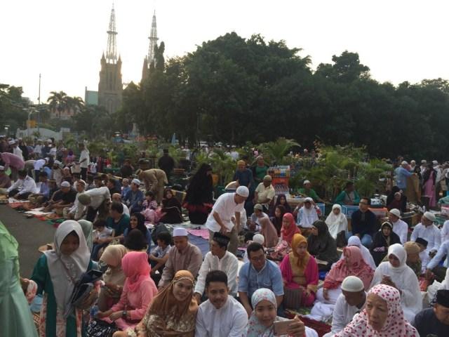 Suasana Salat Id di Masjid Istiqlal.