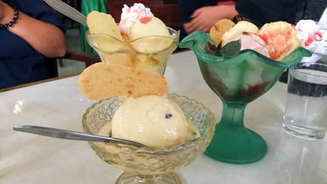 7 Restoran Tertua di Indonesia, Ada yang Masih Bertahan Meski Sudah 100 Tahun! (174360)