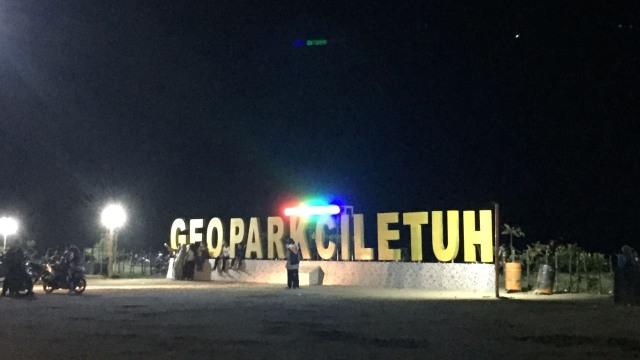 Kawasan Geopark Ciletuh, Sukabumi