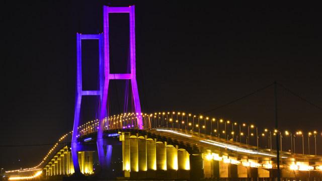 Jembatan Suramadu, Surabaya