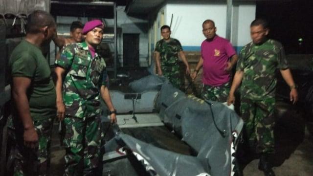 Marinir kirim tim SAR ke Danau Toba