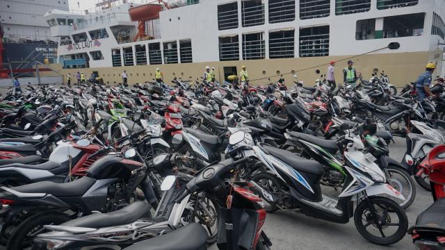 Penjualan Sepeda Motor Naik 8,8% (83203)