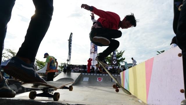 4 Tips Belajar Skateboard untuk Pemula dari Pevi Permana Putra (714025)