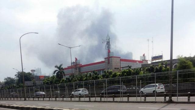 Kebakaran Landa Permukiman Padat di Kedoya, 18 Damkar Dikerahkan (1426832)