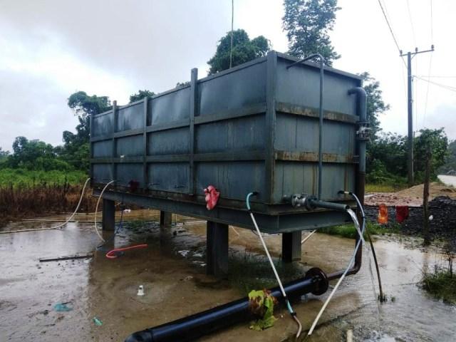 Peduli Lingkungan Sekitar, PT VDNI Bantu Air Bersih Untuk Warga Lingkar Tambang (163095)