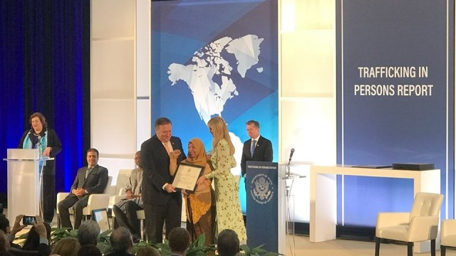 Maizidah Salas terima penghargaan dari Menlu AS