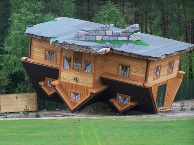 5 Bentuk Rumah Minimalis Paling Unik Yang Pernah Dibangun