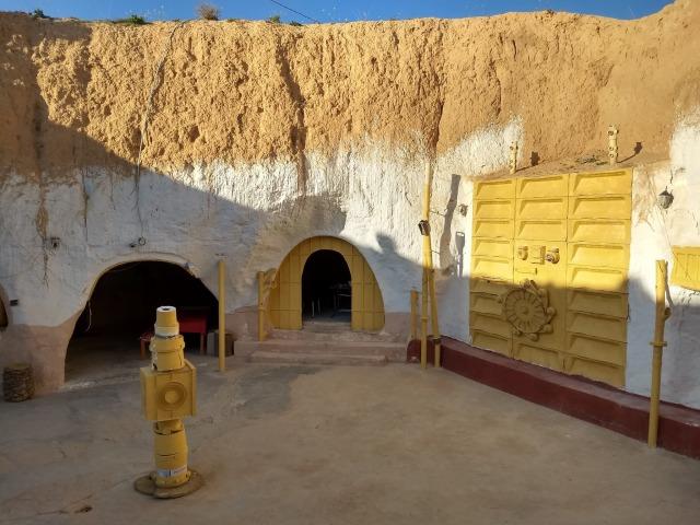 Mengunjungi 'Galaksi yang Jauh' di Tunisia (4527)