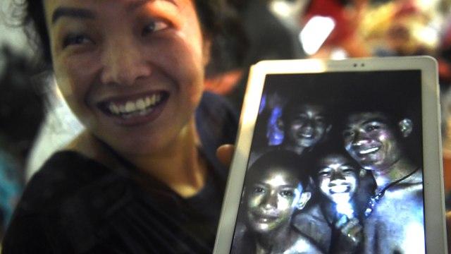4 Anak Thailand yang Selamat dari Gua Dilarang Bertemu Keluarganya (73982)