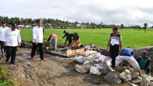 Jokowi tinjau pembangunan irigasi di Sulawesi Selatan