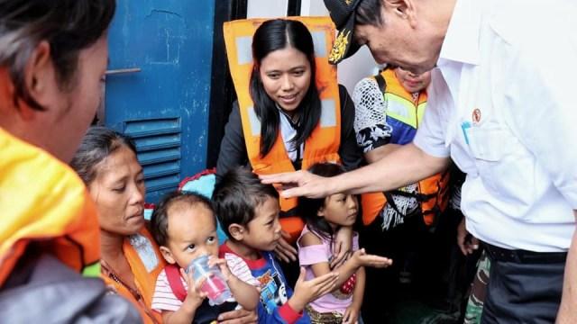 Alasan Luhut Pilih Opsi Tak Angkat Jenazah Korban KM Sinar Bangun (426957)