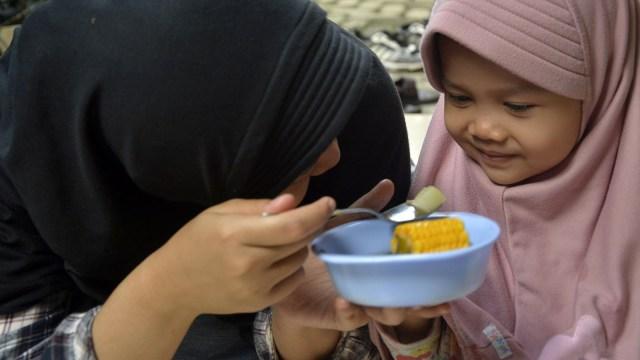Ilustrasi Merayu Anak Makan Sayur