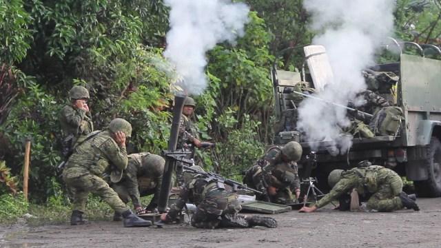 Tentara Filipina melawan ISIS di Mindanao