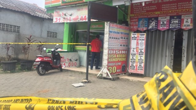 Counter pulsa pembegalan di Tangerang Kota
