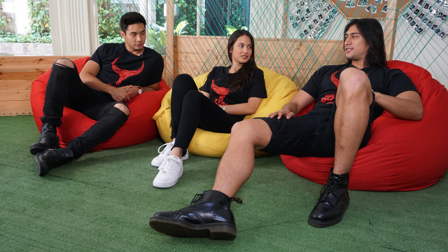 Yoshi Sudarso, Pevita Pearce dan Daniel Adnan
