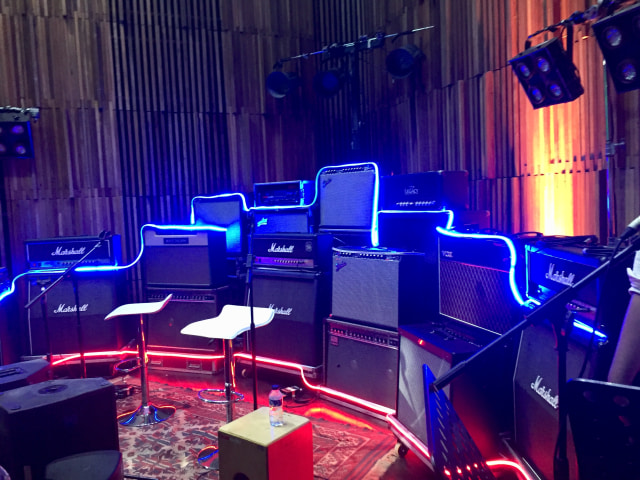 Studio Musik di YouTube Pop-up Space Jakarta