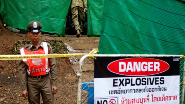 Hari Kedua Evakuasi, 4 Bocah Thailand Berhasil Dikeluarkan dari Gua (773619)