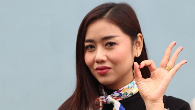 Penyanyi Dangdut, Selfi Nafilah