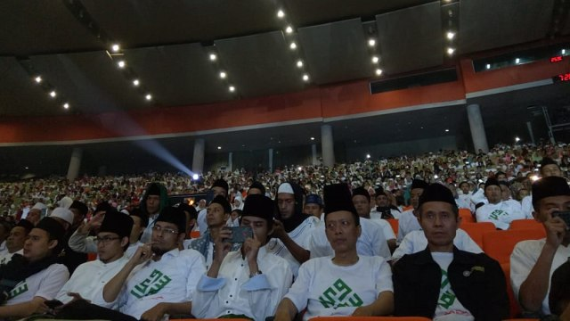 Jokowi soal Memilih Pemimpin: Pelajari Rekam Jejak, Jangan Sebar Hoaks (3203)