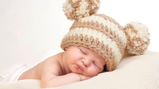 5 Cara Merawat Kulit Bayi yang Sensitif  (492470)