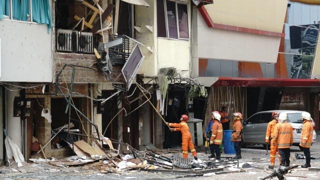 Polisi : 11 Ruko Rusak karena Ledakan Tabung Gas di Jaksel (97068)