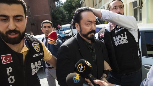 Polisi Turki menangkap Harun Yahya