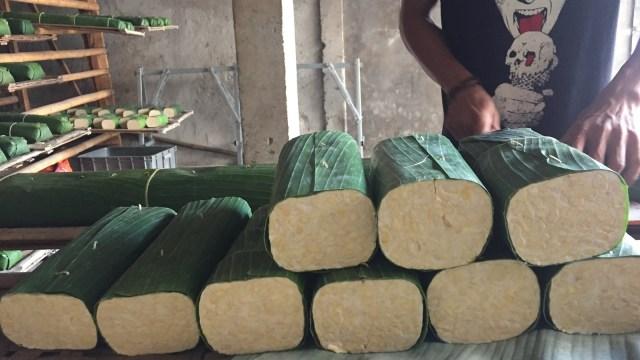 Cerita Pedagang di Kantin Sekolah hingga Penjual Tempe Berjuang saat Corona (24144)