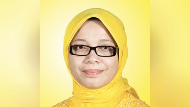 Eni Maulani Saragih anggota komisi VII DPR RI