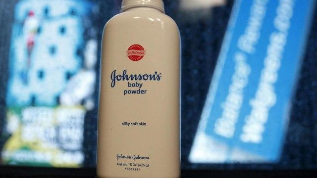 Johnson & Johnson Diklaim Tahu Bedaknya Mengandung Zat Penyebab Kanker (79831)