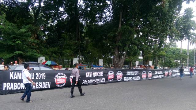 Usai #2019GantiPresiden, Muncul Aksi 'Kami Mau 2019 Prabowo Presiden' (506699)