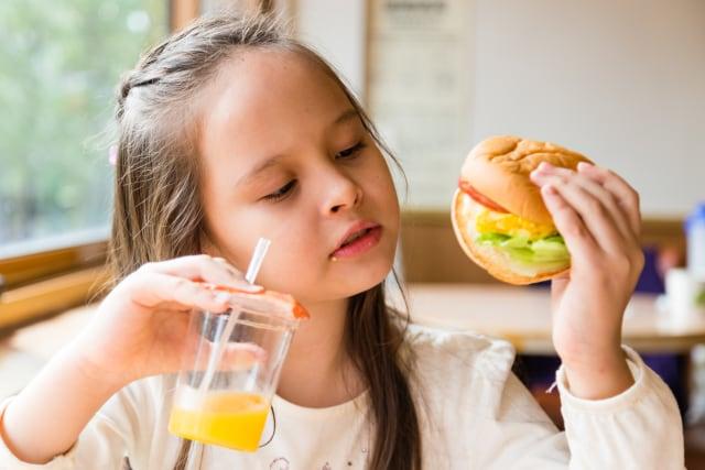 Moms, Stop Sembunyikan Sayuran ke dalam Makanan Anak! Ini Alasannya (5635)