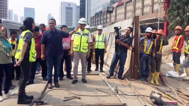 Anies Baswedan tinjau jalan Sudirman-Thamrin