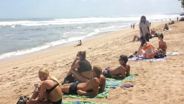 Turis Asing Di Bali Diusir Karena Tak Izinkan Warga Berenang