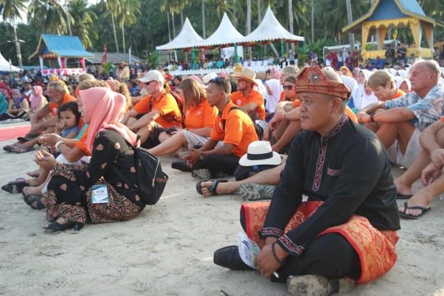 Festival Padang Melang Sukses Digelar untuk Promosikan Wisata Anambas (1104646)