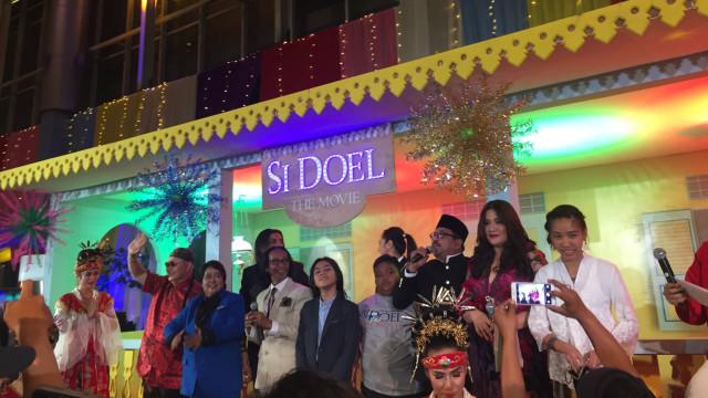 Keseruan Gala Premiere 'Si Doel The Movie'.