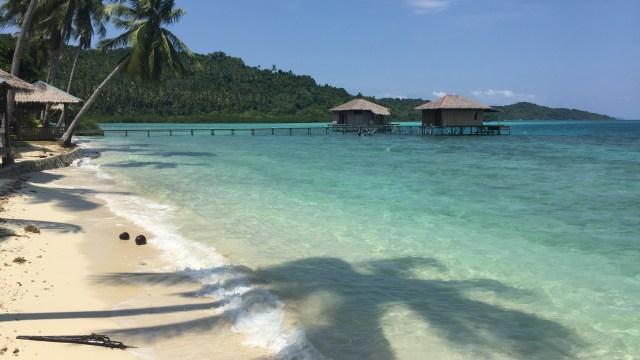 5 Pantai di Indonesia yang Punya Pesona Bak di Luar Negeri (137542)