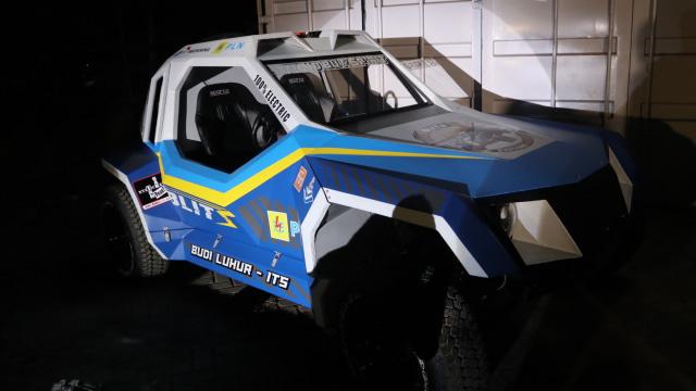 Mobil Balap Listrik BLITS