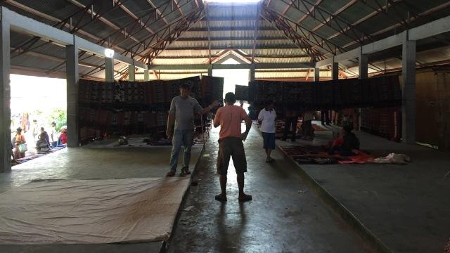 Kain Tenun Ikat, NTT, Pasar Alok, Maumere
