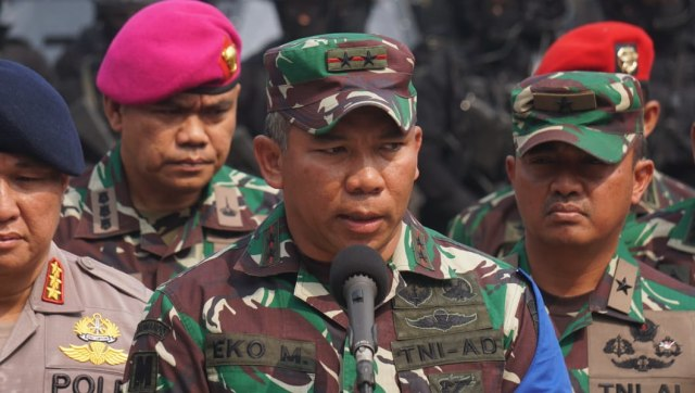Mayjen TNI AD Eko Margiyono Jabat Pangkostrad, Pangdam Jaya Diisi Mayjen Dudung (261941)