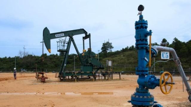 Sumur minyak, pertamina, pompa angguk
