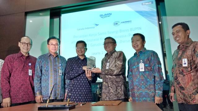 Penandatanganan kerja sama asuransi KIK EBA Garuda Indonesia dengan Askrindo