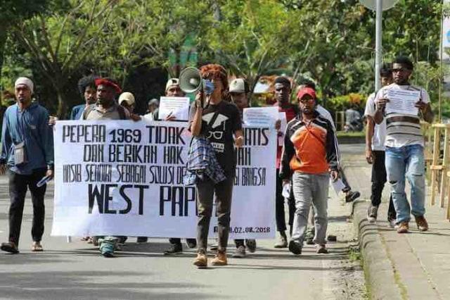 Pemuda Papua Suarakan Kemerdekaan Papua Barat   (946650)